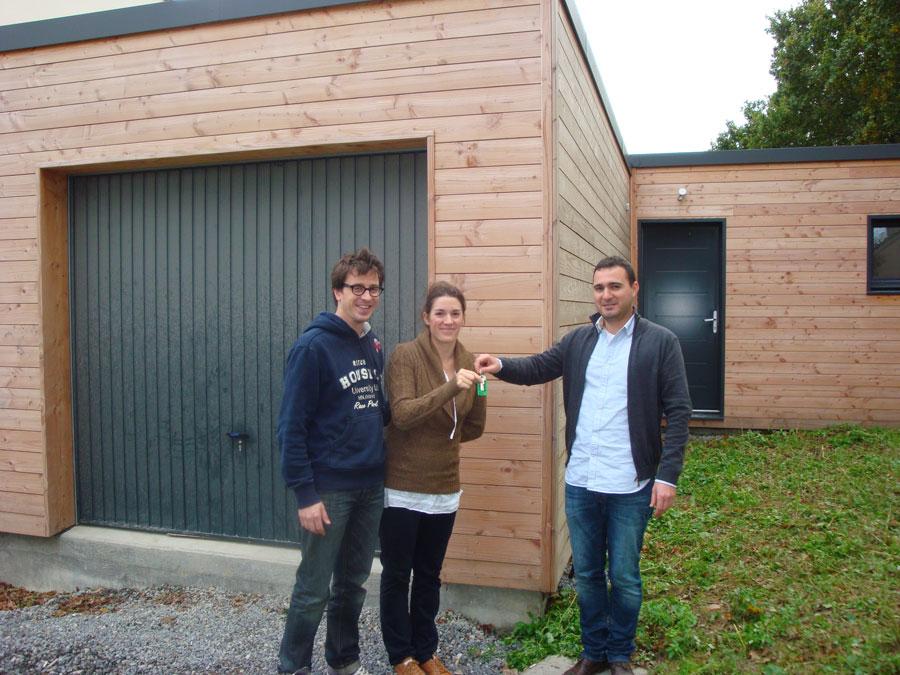 remise des cls dune maison bois ecop habitat avec charg de projet - Cahier Des Charges Construction Maison